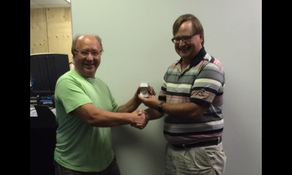 Nick (left) receiving his UFCW 401 retirement ring from Union Representative Larry Zima